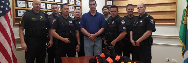 Chinook Donates 33 Officer Response Kits to the Wheeling, IL. Police Department